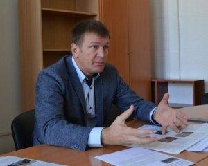 Українців позбавляють права їздити на якісних і недорогих автомобілях з Європи і США