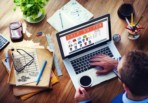 Що українці найчастіше купують в інтернеті