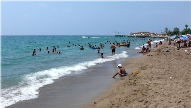 Все пляжи Петербурга признали непригодными для купания