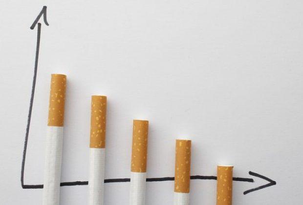 Українці курять все менше – продажі сигарет у 2018 році значно скоротилися