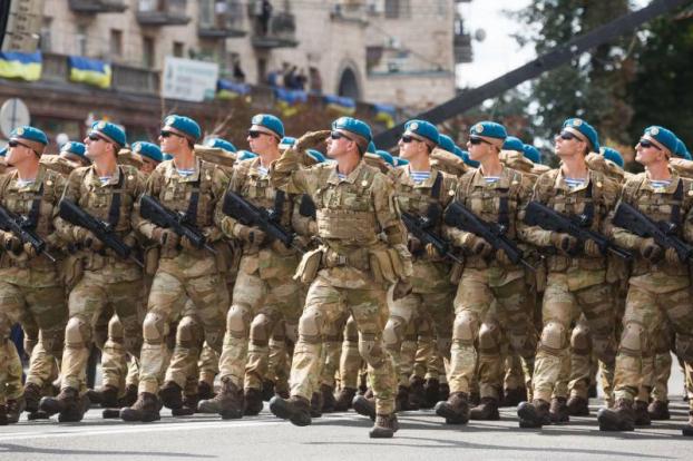 В Україні сьогодні почав діяти закон про нацбезпеку