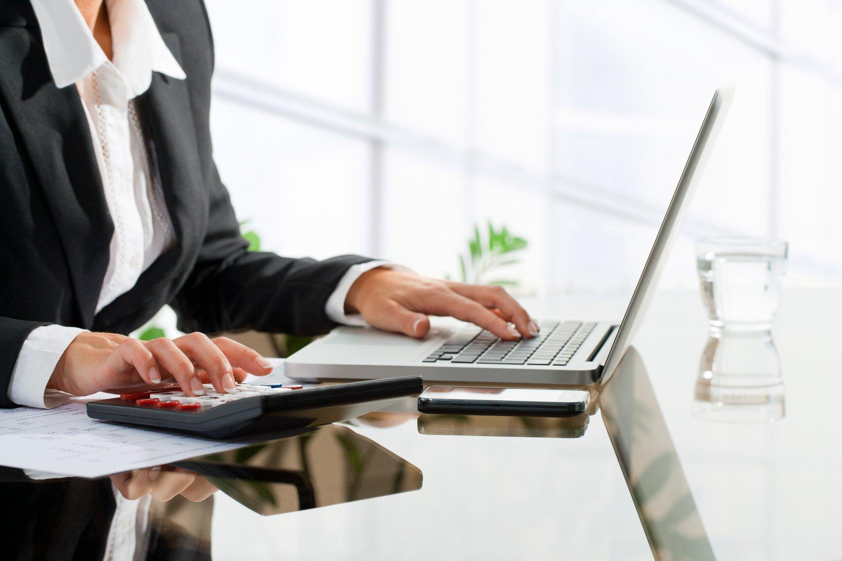 Услуги финансовых советников стали пользоваться массовым спросом