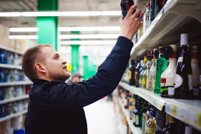 Кількість неоригінального алкоголю збільшилась майже вдвічі